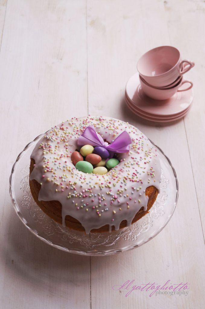 Ciambella glassata di Pasqua