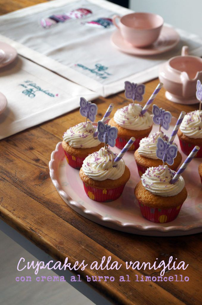 cupcakes alla vaniglia con crema al burro al limoncello