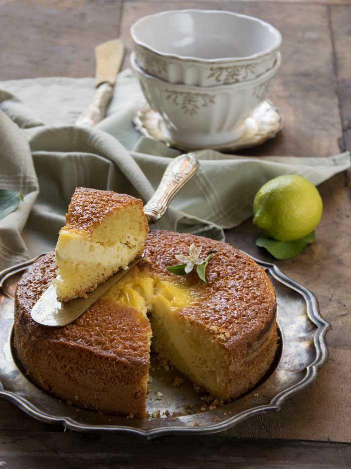 torta soffice con crema di ricotta luminosa