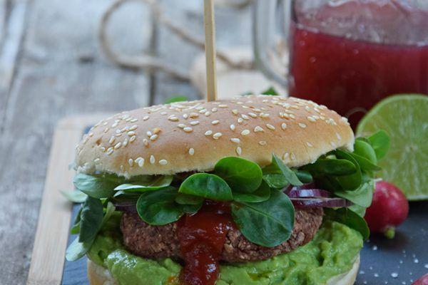 Burger vegan di fagioli rossi al chili