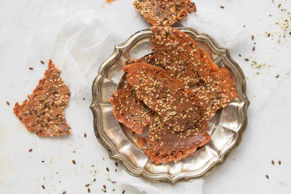 Crackers proteici di yogurt greco