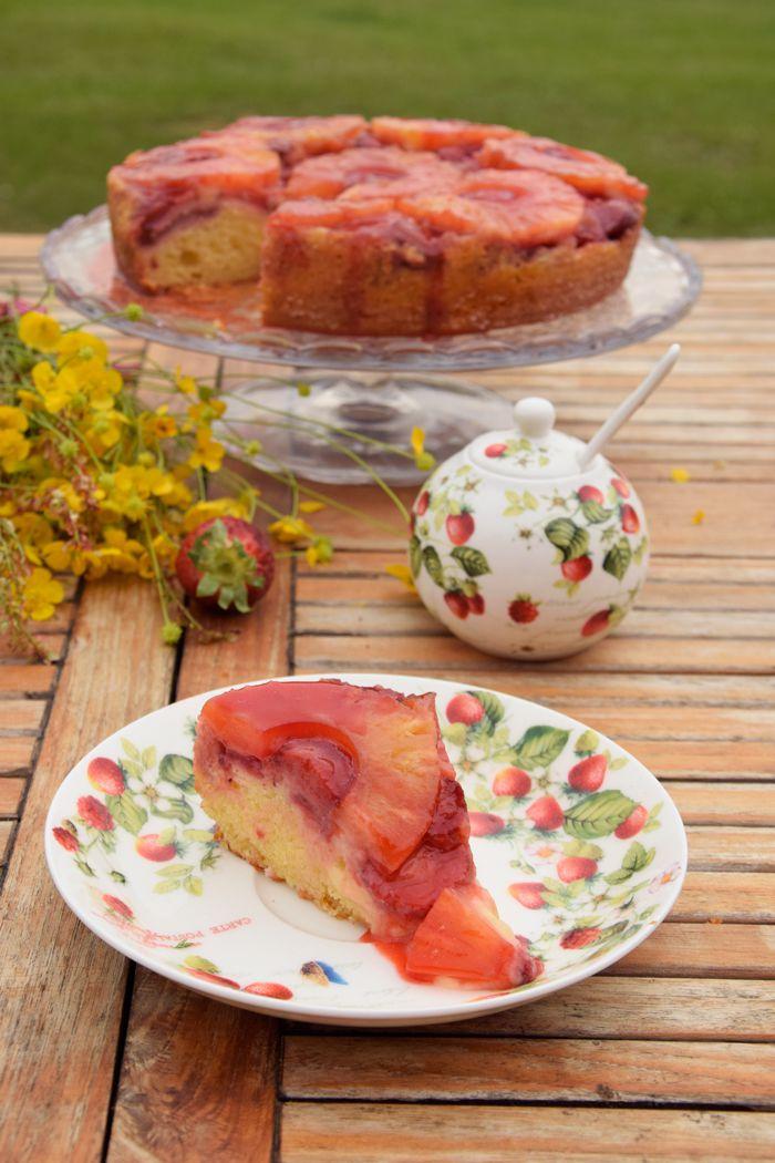 Torta-rovesciata-all'ananas-e-fragole