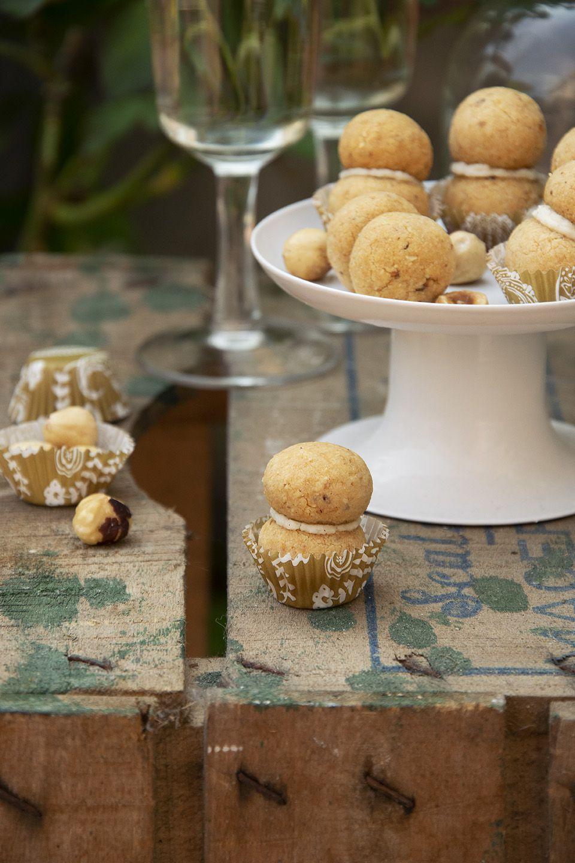 Baci di dama parmigiano e nocciole